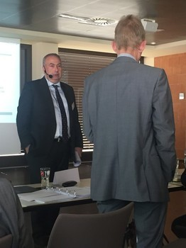 Dr. Wilhelm Eschweiler, Vizepräsident der Bundesnetzagentur, lässt sich auch von Professor Gerpott nicht zu Äußerungen bezüglich des aktuellen Vectoring-Verfahrens verleiten.